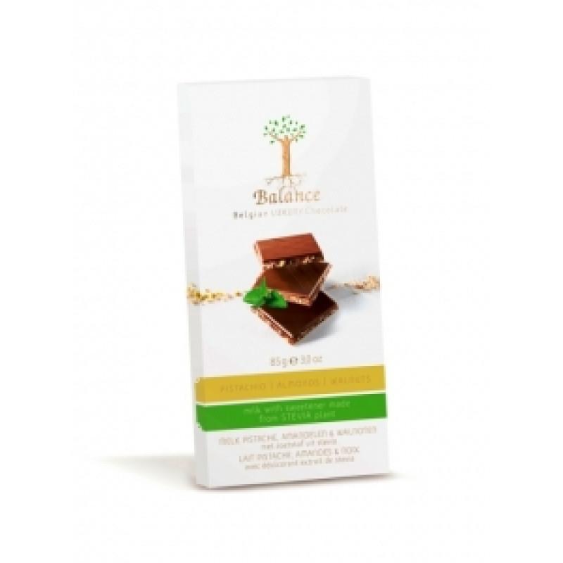 Mléčná čokoláda pistácie, mandle, vlašský ořech Balance